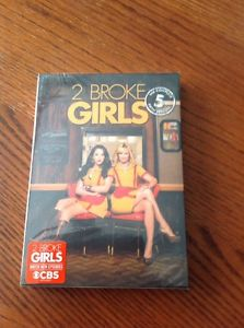 2 Broke Girls: The Fifth Season 5 Five (DVD, 2016, 3-Disc) Brand New & Sealed!!