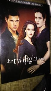 The Twilight Saga Complete 5-Movie Collection DVD,2016,2-Dis